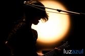 Triangulo de Amor Bizarro_Tanned Tin 2011_Luzazul