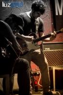Concierto de debut de Étant Donnés en el pub Zeppelin dentro del Cicle Mutant. luzazul estudio. Fotos Raul Rubio. 2014, La Vall d'Uixó.