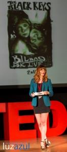 Charlas TEDxLa Vall organizadas por el IES Honori Garcia de La Vall d'Uixó. 2014. Fotos Raúl Rubio, luzazul estudio. Paula Bonet cartel The Black Keys Bilbao BBK Live
