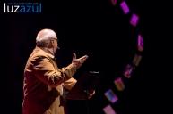 Vicent Martinez Guzman en las charlas TEDxLaVall2015, organizadas por el IES Honori Garcia en la Vall d'Uixó. Foto: Raúl Rubio (www.luzazulestudio.com)