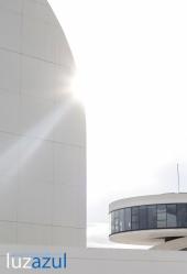 Centro Nienmeyer_Exposicon Ouka Leele_Aviles_2015. FOTO- Raúl Rubio (www.luzazulestudio.com)-29